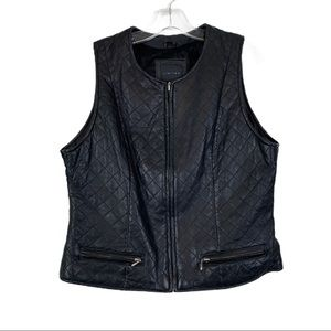 The Limited Leather Vest L Black Quilted